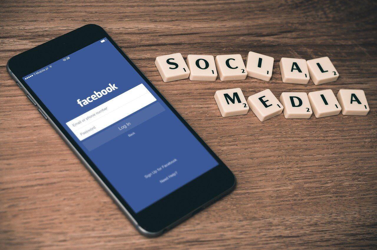 Zobacz, ile kosztuje reklama firmy na Facebooku