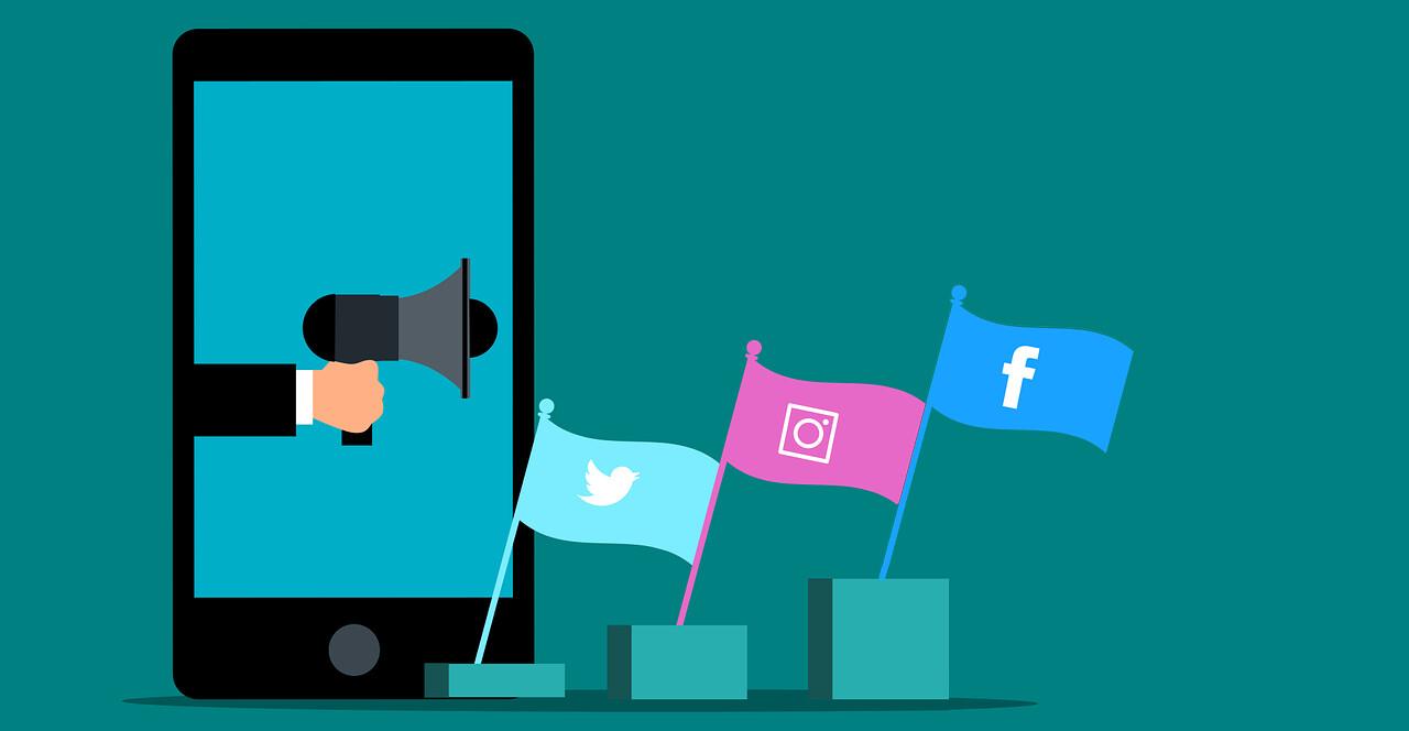 Profile w mediach społecznościowych nie są tylko reklamą, ale też metodą komunikacji z klientami